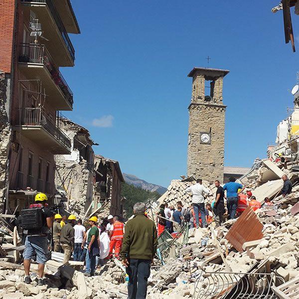 Ayuda Desastres ¡Ayuda a las personas para sus necesidades en todo el mundo!